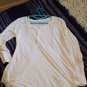 Aerie henley with thumb holea